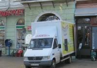 Фургон на шасси Mercedes-Benz #ВН 7237 ЕР. Одесса,  улица Дерибасовская