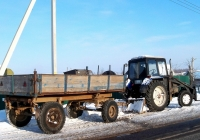 Трактор МТЗ-82.1 с фронтальным погрузчиком и прицепом 2ПТС-4 #IT 7171. Беларусь, Могилёвская область, Хотимск