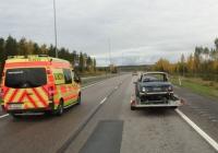 Автомобиль СМП на базе Mercedes-Benz #LNM-534. Финляндия, трасса Е-18