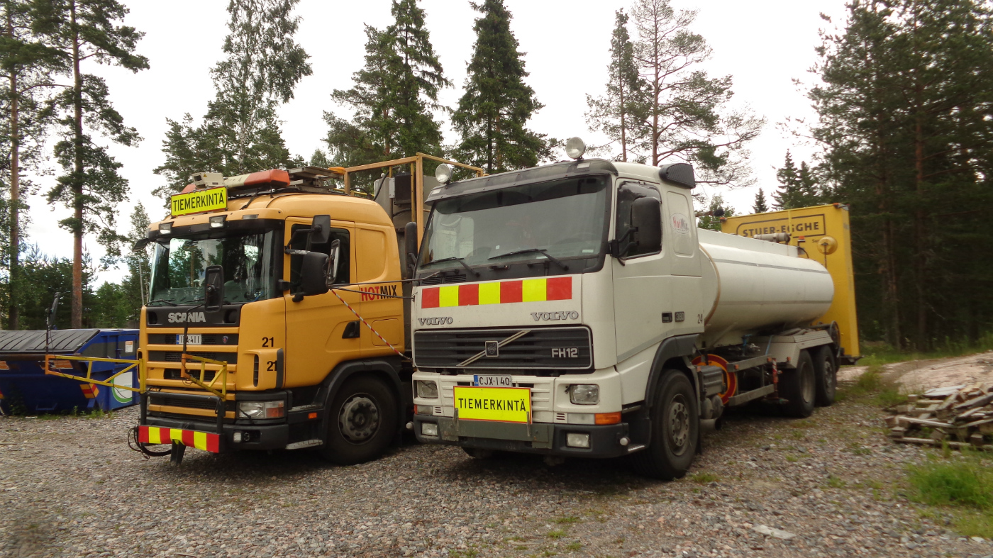 Комплекс для нанесения  дорожной разметки на базе автомобилей  Volvo FH12 #CJK-140 и Scania #ILA-411. Финляндия, Вантаа