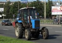 Трактор Беларус-82.1 (МТЗ-82.1)  . Санкт-Петербург, улица Типанова