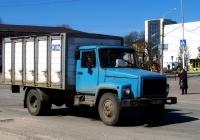 Хлебный фургон на шасси ГАЗ-33073 #О 936 КК 32. Россия, Брянская область, Клинцы