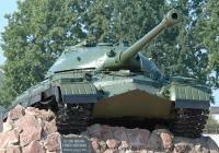 Тяжёлый танк Т-10Б №600  на постаменте. Украина, Черниговская область, Гончаровск