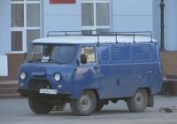Автомобиль УАЗ-37419 #С 249 ВС 45.  Курган, улица Гоголя