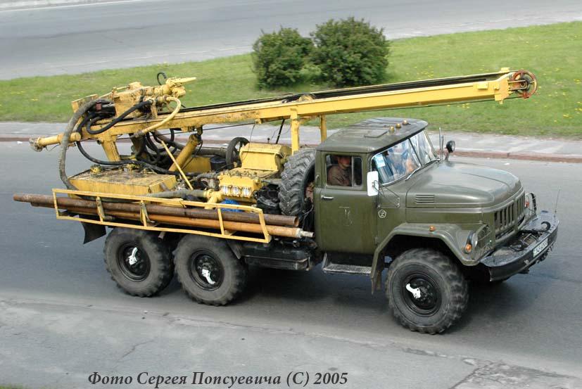 Буровая установка УРБ-2А-2 на шасси ЗиЛ-131Н. Киев. Окружная дорога/ пр. Победы.