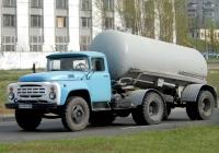 Седельный тягач ЗиЛ-441510 с полуприцепом-цементовозом ТЦ-10. Гос. №АА 9544 АМ.. Киев.