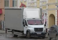 """Бортовой грузовик 3010 GD на шасси ГАЗ-C41R13 """"ГАЗон Next""""  #О 210 ХН 161. Курган, Советская улица"""