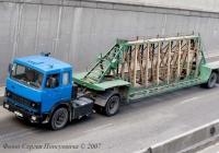 Седельный тягач МАЗ-5432* гос. № 039-46 КА,  с полуприцепом панелевозом ПП-1307... Киев, улица О. Телиги