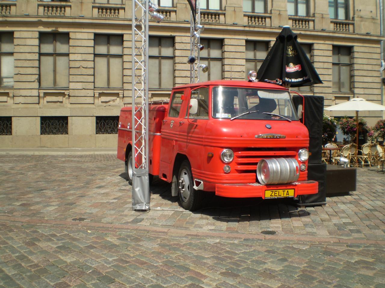 Пожарный втомобиль на шасси Volvo #ZELTA. Латвия, Рига