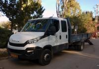 Бортовой грузовик со сдвоенной кабиной IVECO Daily. Израиль, Хайфа