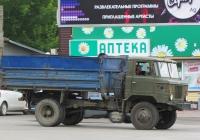 Самосвал ГАЗ-САЗ-3511 на шасси ГАЗ-66-31 #М 569 ТТ 22. Алтайский край, Змеиногорск, улица Пугачёва