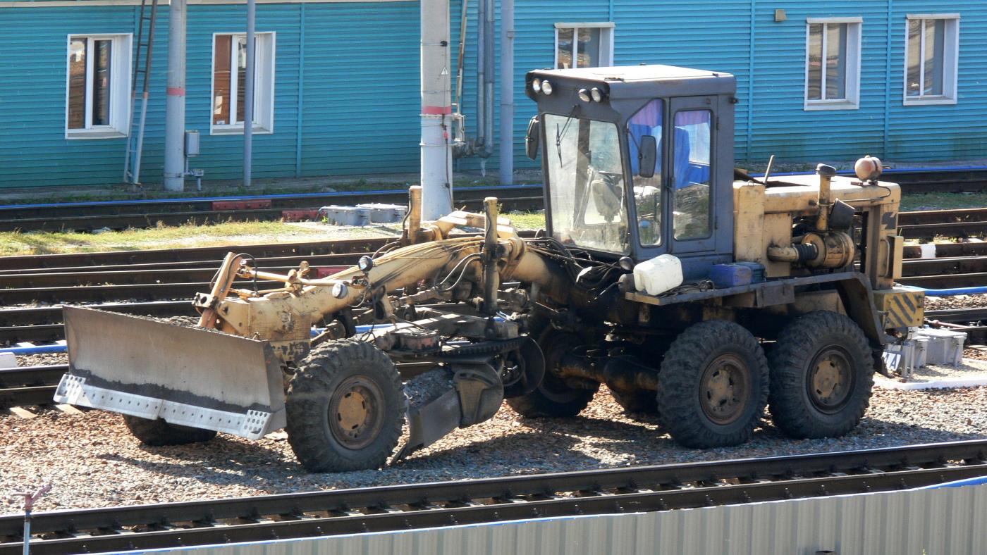 Грейдер ЧСДМ А120 #2278 СЕ 63. г. Самара, тракционные пути станции Самара