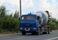 Бетоносмеситель 58149Z на шасси КамАЗ-6520 #У 728 КЕ 60. Псков, Инженерная улица