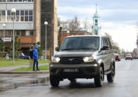 УАЗ-3163 Патриот #0500 ЕК 43. Псков, улица Калинина