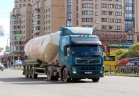 Седельный тягач Volvo FM.380 #А 657 ЕМ 60. Псков, Юбилейная улица