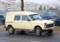 Инкассаторский автомобиль Лаура-19321-0000010 на шасси ВАЗ-21214 Нива #К 875 ЕВ 60. Псков, улица Труда