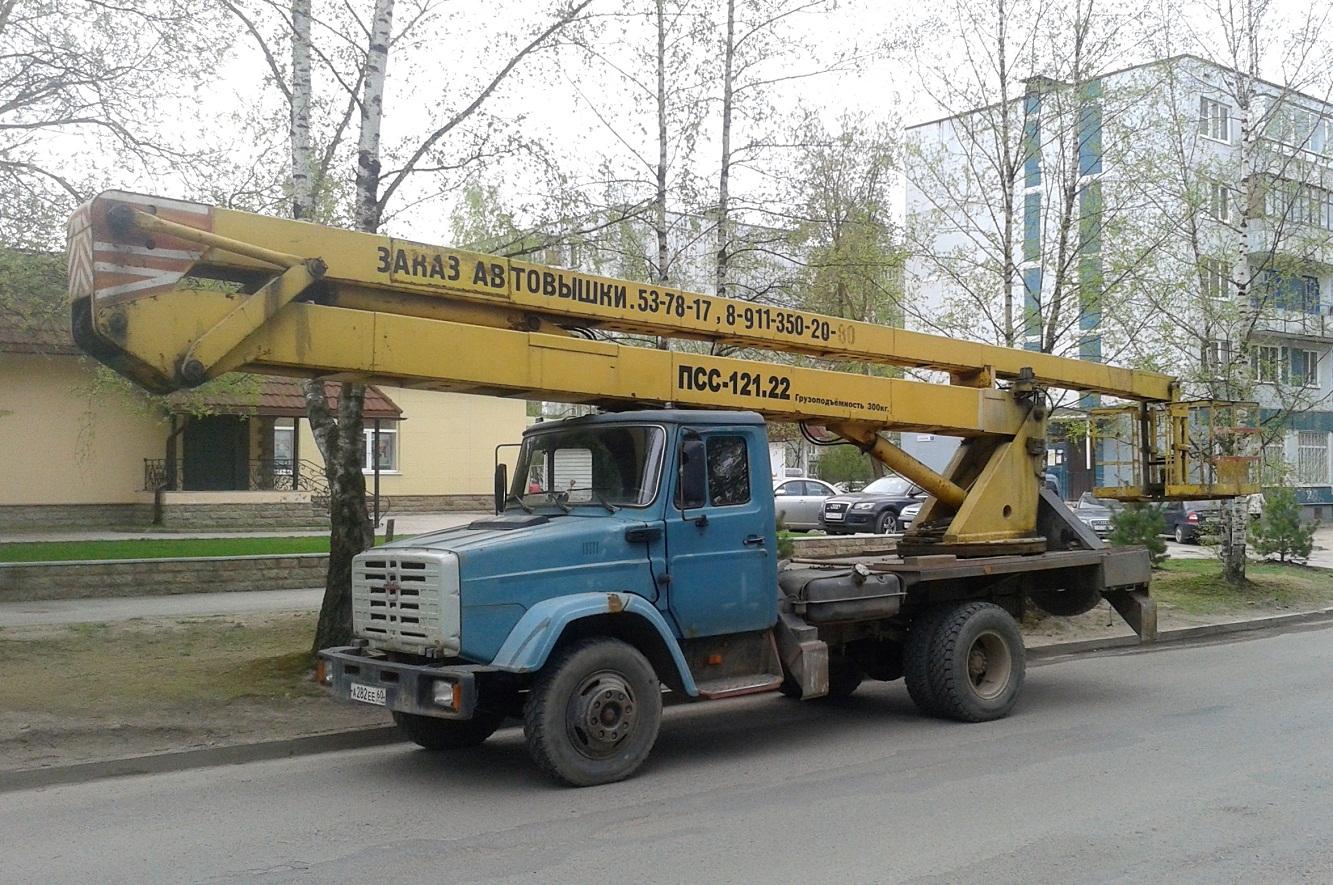 ПСС-121.22 на шасси ЗиЛ-433362 #А 282 ЕЕ 60. Псков, улица Новоселов