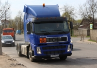 Седельный тягач Volvo FM 12.340 #Т 250 УМ 199. Псков, Инженерная улица