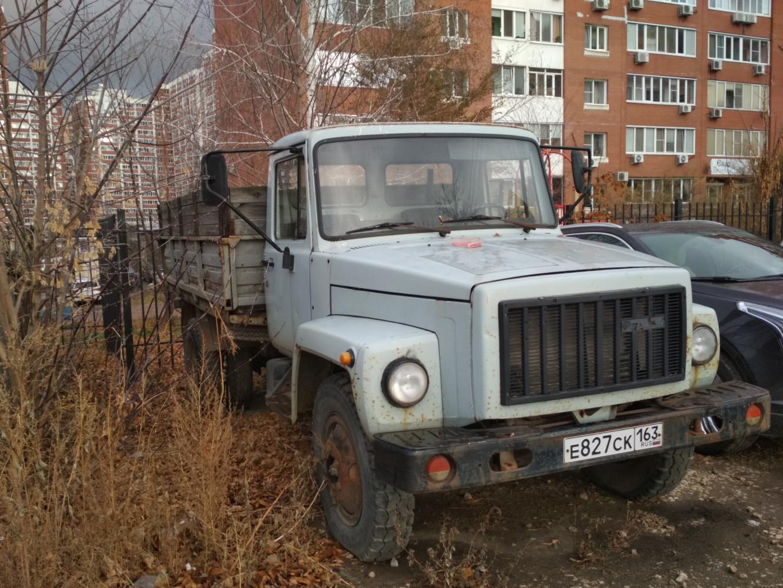 ГАЗ-3307 #е 827 ск 163. г. Самара, ул. Советской Армии