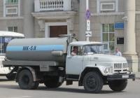 Ассенизационная машина МК-5,8 на шасси Амур-53131 #К 323 ЕА 45. Курган, улица Ленина