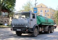 Автогудронатор ДС-142Б на шасси КамАЗ-53213 #М 507 ВТ 60. Псков, Октябрьский проспект