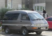 Микроавтобус Toyota Town Ace #Х 973 ВЕ 125. Курган, улица Кравченко