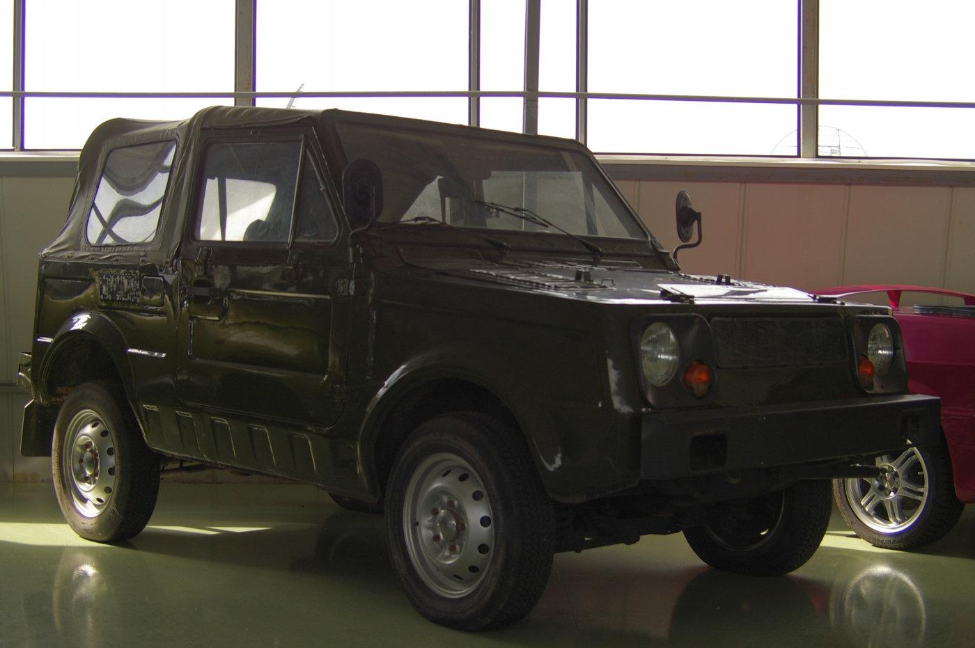 опытно-экспериментальный автомобиль-амфибия ВАЗ-2122. г. Тольятти, технический музей им. К. Г. Сахарова