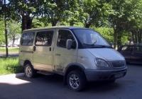 """Микроавтобус ГАЗ-2217 """"Соболь Баргузин"""" #О 813 ОХ 72 . Тюмень, улица 50 лет Октября"""