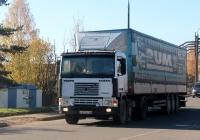 Седельный тягач Volvo F12 #А 674 ЕТ 60. Псков, Индустриальная улица