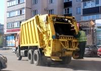 Мусоровоз БМ-53229-2 на шасси КамАЗ-65115 #А 001 ВК 60. Псков, улица т