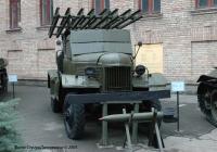 Боевая машина БМ-13НН на шасси ЗиС-151. Киев, Воздухофлотский проспект