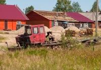 Трактор ТЛТ-100А (Онежец-120). Пос. Гремячий, Солигаличский р-н, Костромская обл.