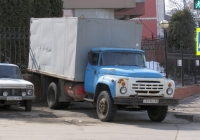 фургон на шасси ЗиЛ-130* (шасси) #с041ка163. г. Самара, ул. Ульяновский спуск