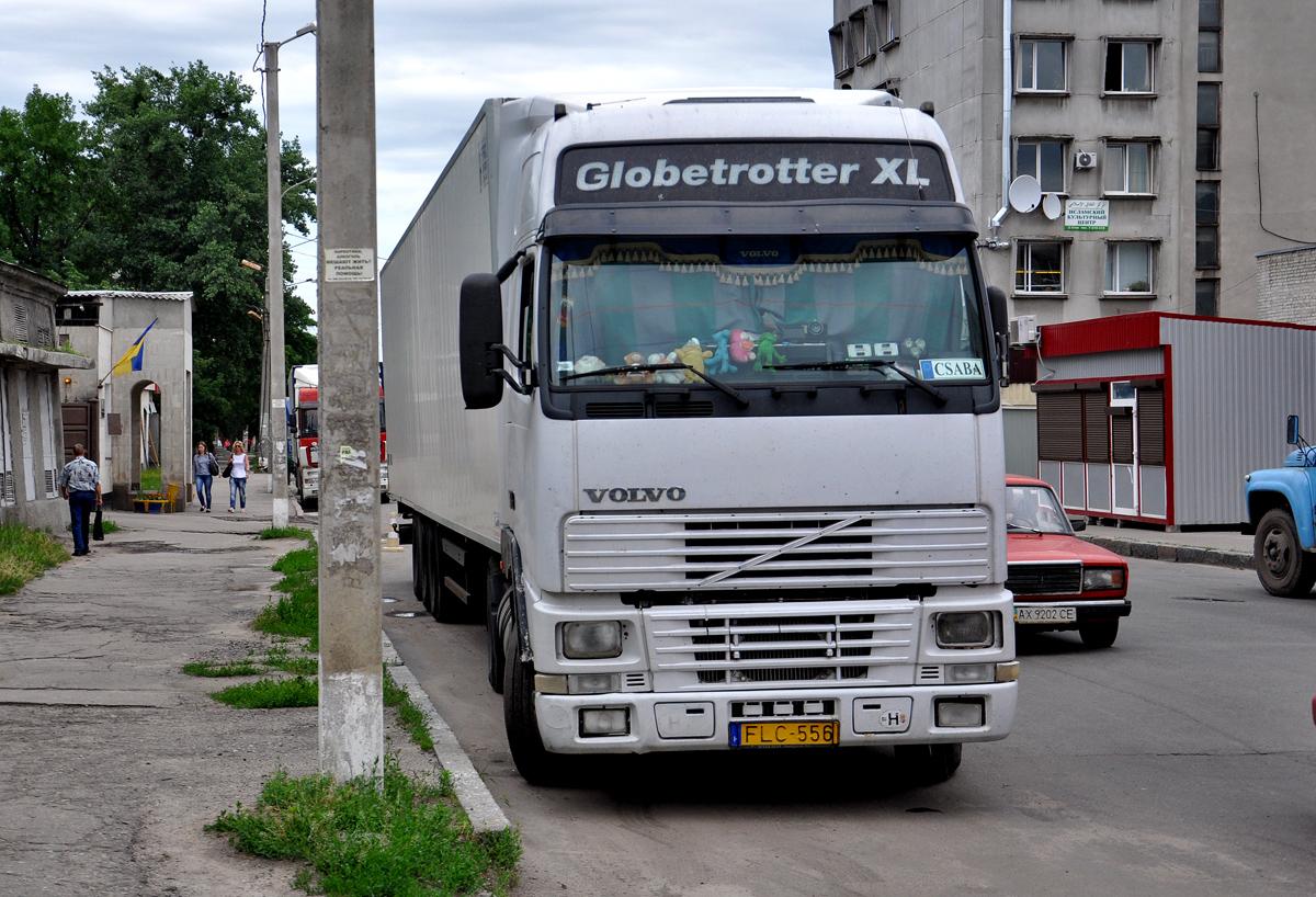 Седельный тягач Volvo FH* #FLC-556. Харьковская область, г. Харьков, Тюринская улица
