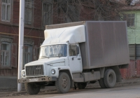 фургон на шассе ГАЗ-3309 (шасси) #а789нв102. г. Уфа, ул. Ленина
