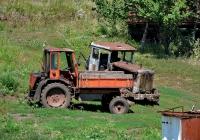 Самоходное шасси  Т-16* и трактор Т-74. Харьковская область, Харьковский район, село Александровка