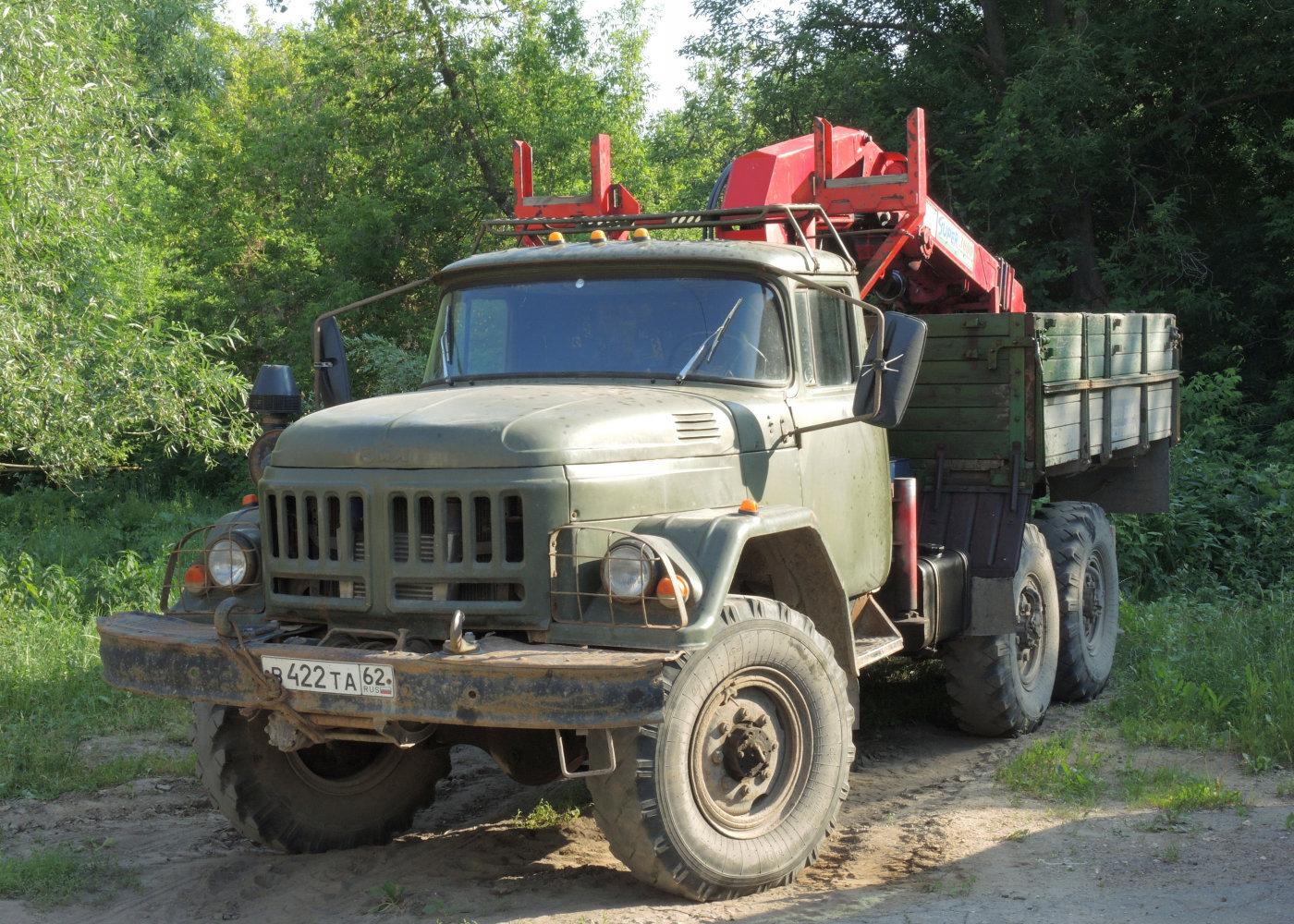 Грузовой автомобиль ЗиЛ-131НА # В 422 ТА 62. г. Рязань, Затинная ул.