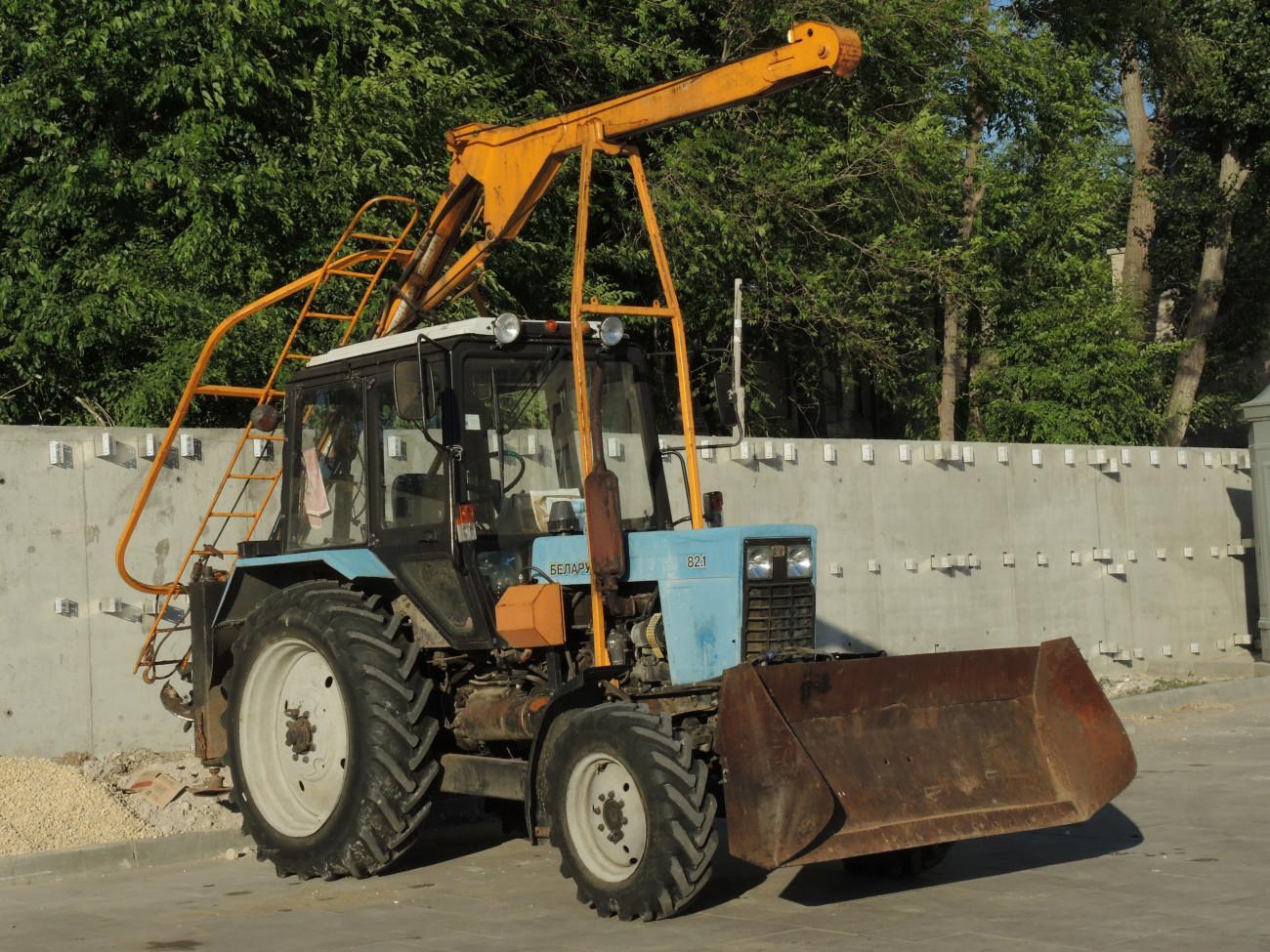 Установка БМ-205Д на тракторе МТЗ-82.1. г. Самара, ул. Лесная