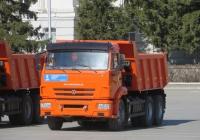 Самосвал КамАЗ-65115 . Курган, площадь имени В.И. Ленина