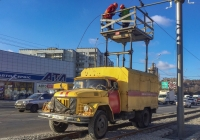 Автоподъёмник АТ-70 на шасси ЗиЛ-431412, #АХ4661ЕЕ. Харьковская область, г. Харьков, улица Матюшенко