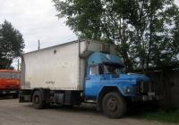 Грузовой фургон на шасси ЗИЛ-130 #К 752 ОЕ 72. Тюмень, улица Бабарынка