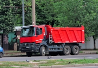 Самосвал Renault K 460.44 #АХ 8332 ЕР. Харьковская область, г. Харьков, Салтовское шоссе