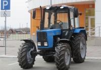 Трактор Беларус-82.1 (МТЗ-82.1). Курган, улица Савельева