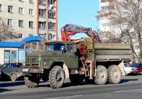 Бортовой грузовик ЗИЛ-131 с КМУ Kennis #У 029 УН 98. Псков, Рижский проспект