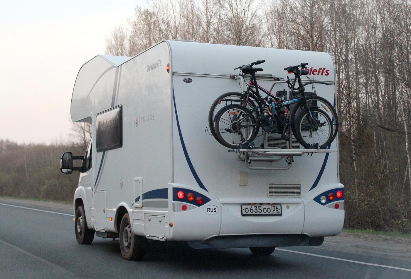 Автодом Dethleffs Advantage A5831 на шасси Fiat Ducato #О 635 ОО 36. Псков, Ленинградское шоссе
