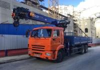 Бортовой грузовик КамАЗ-65115 с КМУ DongYang SS1926, #о653рт750. Московская область, г. Москва, Болотная набережная