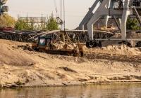 бульдозер на базе трактора Т-330 (ЧЗПТ). г. Казань, территория речного порта