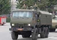 Бортовой военный грузовик КамАЗ-5350. Курган, площадь имени В.И. Ленина