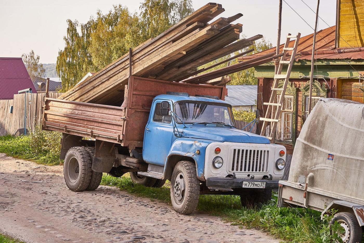 ГАЗ-САЗ-3507,  #Н 779 МО 37. Ивановская область, г. Плес, ул. Урицкого