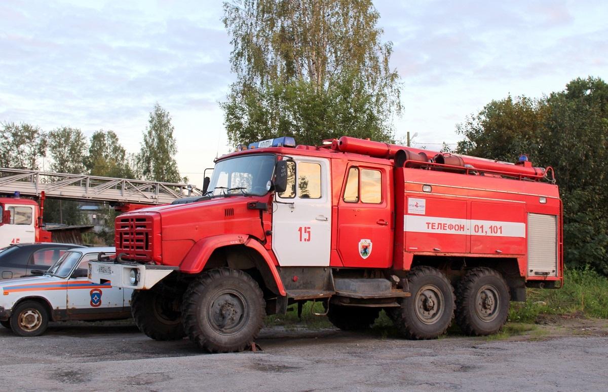 Плжарный автомобиль-цистерна АЦ-3,0-40(4334)-3ВР на шасси ЗИЛ-4334 #В 902 НХ 10. Карелия, Медвежьегорск